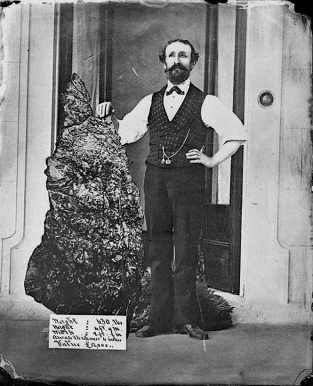235 5 кг золота 83 2 кг австралия 1872